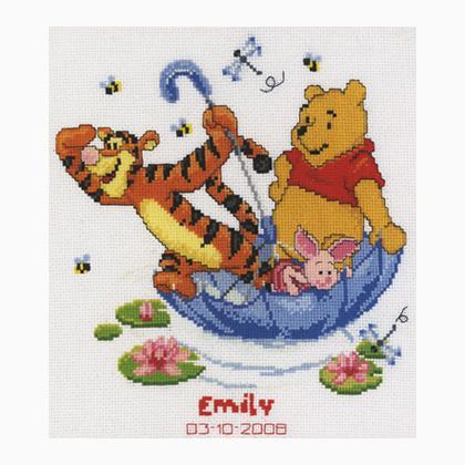Sampler nascita sailing by brolly da vervaco disney by for Punto croce disney winnie the pooh