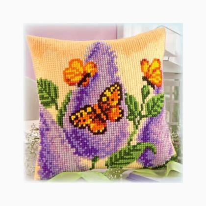Cuscino fiori e farfalle da vervaco cuscini kit punto for Punto croce fiori e farfalle