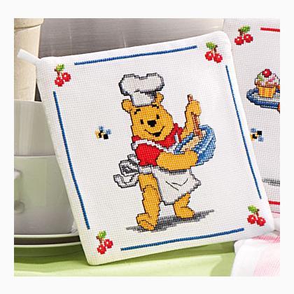 Presina winnie the pooh in cucina da vervaco per la for Punto croce disney winnie the pooh